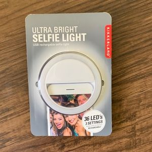 Pottery barn teen ultra bright selfie light